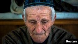 Крымский татарин на пятничной молитве в Бахчисарае