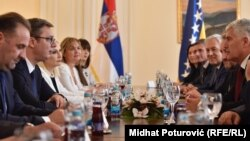 Razgovori o infrastrukturnim projektima i rješavanju problema granice: Delegacije Srbije i BiH u Sarajevu