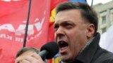 Liderul partidului de extremă dreapta Svoboda, Oleh Tiahnibok vorbind la o adunare a opoziției la Kiev