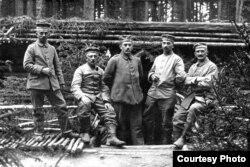 Фота з ваеннага дзёньніка салдата Вільгельма Бэргера. Крэва, 1916 год