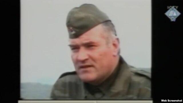Ratko Mladić tijekom interviewa sa nizozemskim novinarom