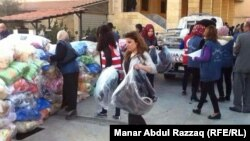 Sirieni creștini din Hasaka, nordul Siriei, încearcă să se refugieze în fața atacurilor grupării Statul Islamic.