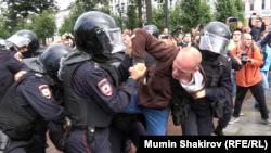 Массовые задержания на Пушкинской площади 3 августа 2019 года