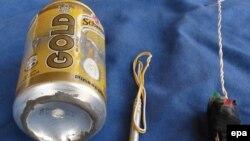 Dabiq журналында жарияланған қолдан жасалған бомбаның суреті.