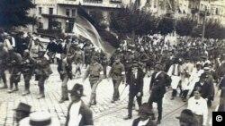 Timișoara, intrarea cu drapel în oraș, 3 august 1919