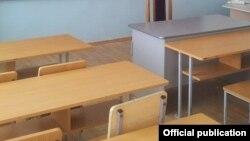 Հայաստանյան դպրոցներից մեկի դասասենյակը, արխիվ