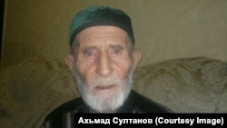Chechnya - Deni Magomadov, son of a legendary Khasukha Magomadov last anti-soviet resistent fighter, Grozny, December 20, 2013