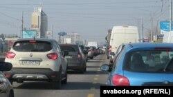 Асабістага транспарту на вуліцах Кіева пабольшала. І затораў таксама