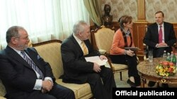 Сопредседатели на встрече с Саргсяном, Ереван, 3 марта 2012