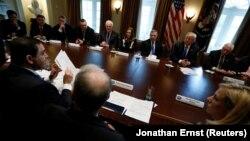 Donald Trump la discuțiile bipartizane