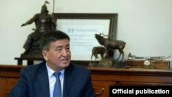 Кыргыз өкмөтүнүн башчысы Сооронбай Жээнбеков