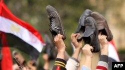 Müsürde hökümete garşy protestler mahalynda, Kair, 2011-nji ýylyň 11-nji fewraly.