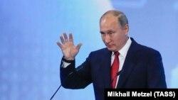 Лицом к событию. Путин дал урок