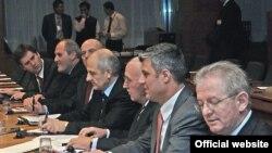 Kosovska delegacija na pregovorima u Briselu, 20. novembar 2007