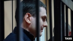 Adam Osmayev appears in court in Odesa in November 2014.