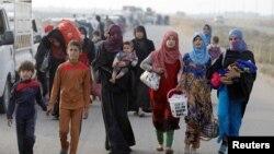 Иракские беженцы перемещаются внутри страны.
