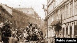 Советские войска в Праге, май 1945 года
