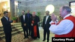 دیدار هیات مذهبی آمریکایی با رئیس جمهور ایران. ۲۶ شهریور ۱۳۹۰.
