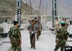 В Душанбе настаивают: таджикско-афганская граница находится полностью под контролем