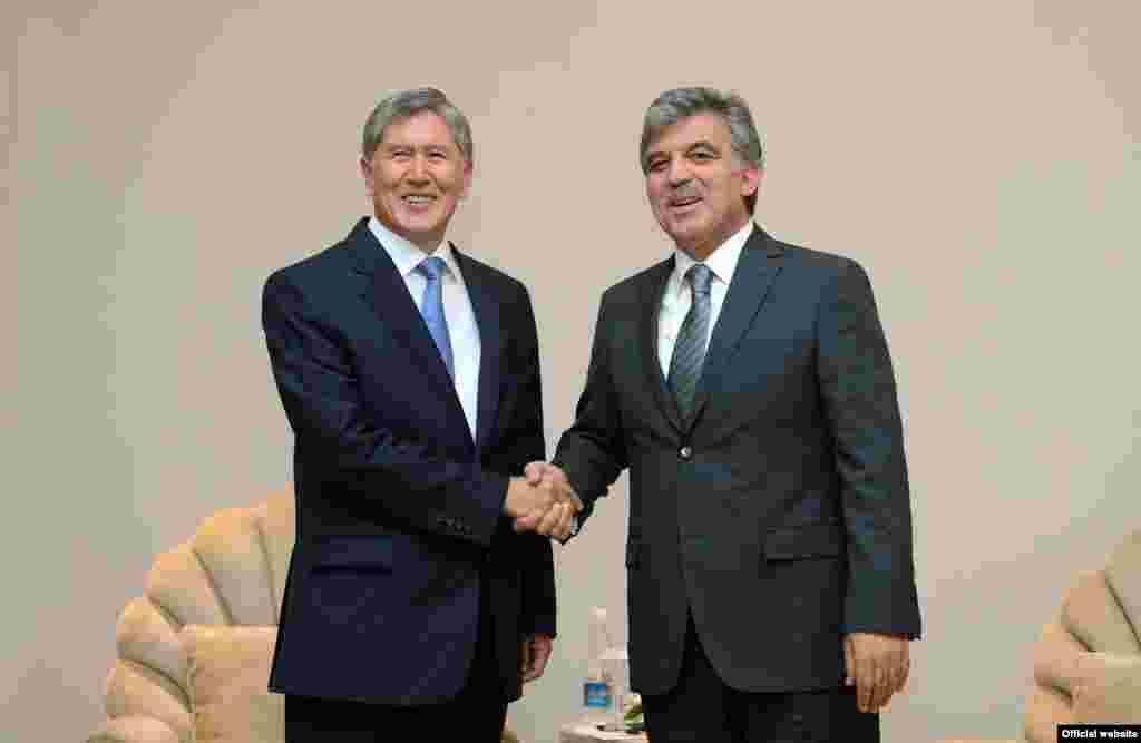 Встреча Алмазбека Атамбаева с президентом Турции Абдуллахом Гюлем. 18 июня 2013 года