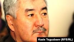 Оппозициялық саясаткер Әміржан Қосанов. Алматы, 24 желтоқсан 2012 жыл.