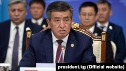 Сооронбай Жээнбеков, Қырғызстан президенті.