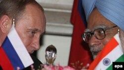 Володимир Путін (л) і Манмоган Сінг (п), архівне фото з одного з попередніх візитів