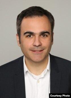 Себастьян Шик, Берлиндегі Халықаралық және қауіпсіздік мәселелерін зерттеу бойынша Германия институтының сарапшысы, саясаттанушы