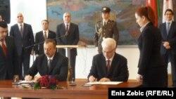 Zagreb: Dva predsjednika potpisuju zajedničku deklaraciju, 11. ožujka 2013.