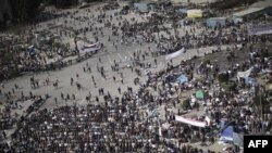 State Of Siege On Cairo's Tahrir Square