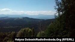 Щороку Карпати відвідує близько 400 туристичних груп або 10-16 тисяч туристів, кажуть у прикарпатському ДСНС