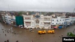 Подтопленные улицы Лахора. 5 сентября 2014 года.