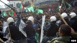 Столкновения сторонников ФАТХ и ХАМАС в Палестине не прекращаются ни на день