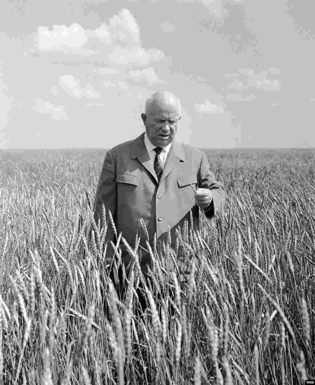 """In the mid-50s Khrushchev launched his """"virgin Lands' campaign to encourage farming on the previously uncultivated land in the Soviet Republic of Kazakhstan. In the picutre - Nikita Khrushchev in a virgin-soil field 18 April 1964, in Kazkahstan"""