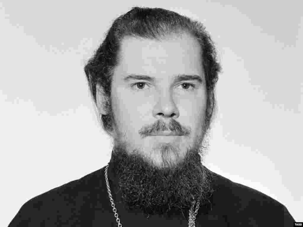 Патриарх Алексий (в миру - Алексей Михайлович Ридигер) родился 23 февраля 1929 г. в Таллине.
