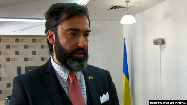 Директор нью-йоркської недержавної організації Eurasia Democracy Initiative Пітер Залмаєв
