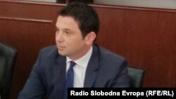 Поранешниот министер за транспорт и врски Миле Јанакиески.