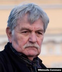 Юлиан Панич