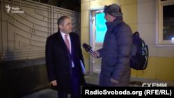 Перший заступник директора Національного антикорупційного бюро Гізо Углава нагадав, що не дає інтерв'ю