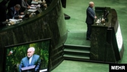 Iranian Foreign Minister Mohammad Javad Zarif at a parliamentary session. File photo