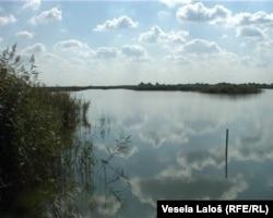 Ludoško jezero
