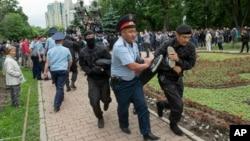 Задержания в день выборов в Алматы. 9 июня 2019 года