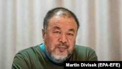 Қытайлық диссидент суретші Ай Вэйвэй.