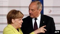Ангела Меркель с президентом Латвии