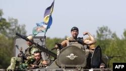 Soldaţi ucraineni în preajma Doneţkului, 9 august 2014