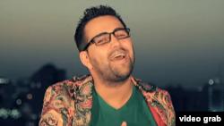 Туркменский певец Назир Хабибов, которого власти арестовали по обвинению в хранении и распространении наркотиков.