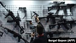 Стэнд з стралковай зброяй на выставе Milex-2019