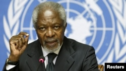Switzerland -- Arab League mediator Kofi Annan addresses a news conference at the United Nations in Geneva, 02Aug2012