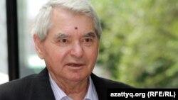 Жазушы Герольд Бельгер. Алматы, 28 маусым 2012 жыл.