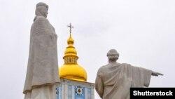 «Щоб належно скоординувати дії з іншими профільними службами та швидко реагувати на позаштатні ситуації, у нас в цілодобовому режимі працює ситуаційний центр» – Крищенко